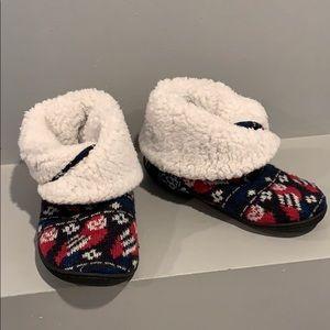 VERA BRADLEY Cute Slippers Size 5-6